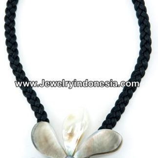 Mother of Pearl Shell Necklaces Bali Indonesia