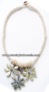 jip75-8c-tahiti-pearl-shell-jewelry